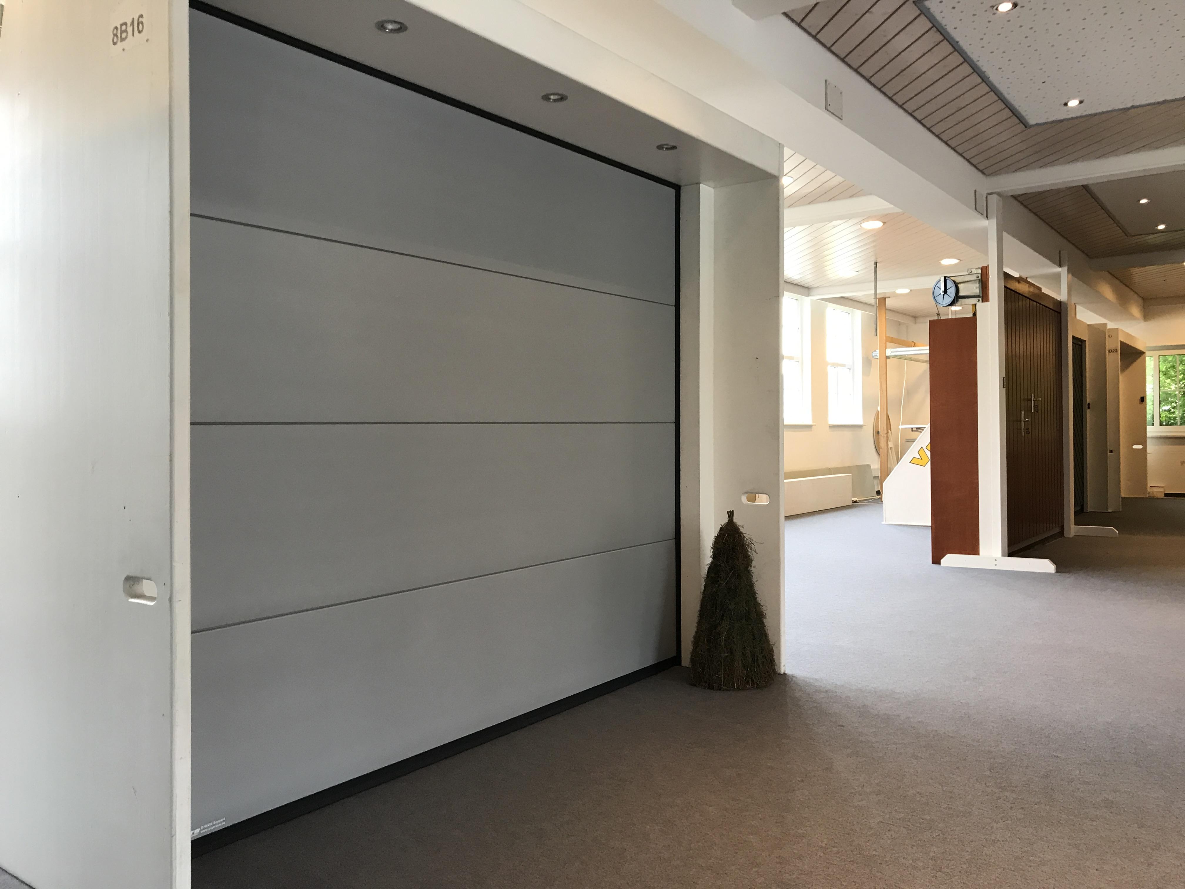 ausstellung vogt tore holzbau gmbh. Black Bedroom Furniture Sets. Home Design Ideas